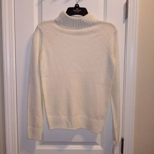 ⭐NWT⭐ Juicy Couture White Sweater